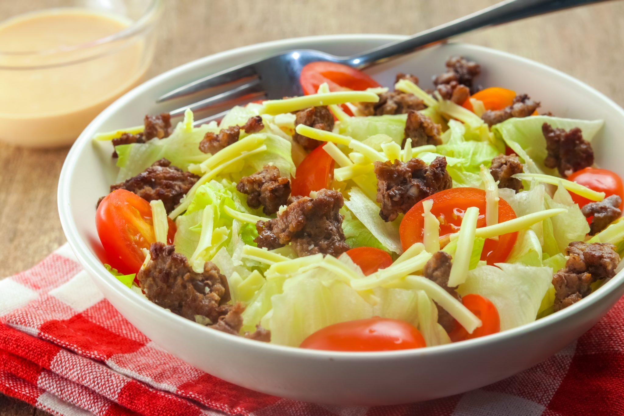 keto recipes: Smoky Cheeseburger Salad